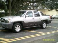 Options:  2004 Chevrolet Avalanche |Clean Truck!