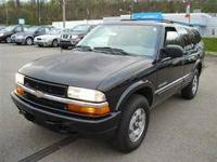 2004 Chevrolet Blazer LT 4x4! You don't see them as