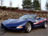• 2004 CORVETTE COMMEMORATIVE EDITION
