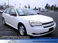 Exterior Color: white, Body: Wagon, Engine: 3.5L V6 12V