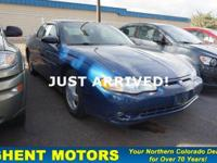 EPA 30 MPG Hwy/20 MPG City! Heated Seats, Sunroof,