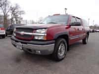 Exterior Color: victory red, Body: Crew Cab 4X4,