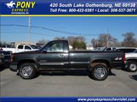 Exterior Color: gray, Body: Pickup Truck 4X4, Engine: