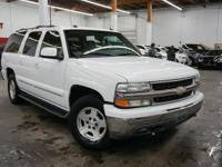 This 2004 Chevrolet Suburban 4dr features a 5.3L 8