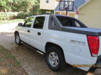 2004 Chevy Avalanche Z66 Package, Clean Car Fax,