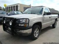 2004 CHEVY SILVERADO 5.3L V8 4X4 ONE OWNER!*CLEAN