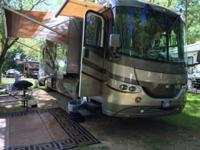 This is a 40 FT 2004 Coachmen Sportscoach Elite 401TS,