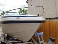 2004 CROWLINE 22 FEET IN REALLY NICE CONDITION,HAS A