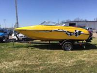 2004 Crownline 180 BR, 180 Bowrider, Sun Sport seating