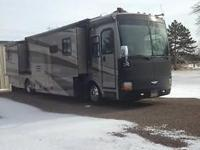 2004 Fleetwood Discovery Class A motor home (39 feet