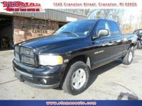 4x4 - Hemi - Black on Black - Quad Cab - Keyless entry