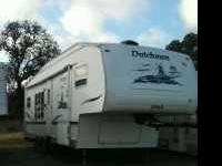 2004 Dutchmen Classic. Considered to be fully self