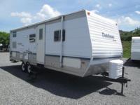 2004 Dutchmen Sport model 26B This camper is 28' long