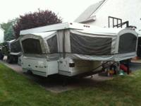 2004 Fleetwood Bayside Elite Pop-Up Travel Trailer This