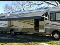 2004 Fleetwood Bounder (TX) - $47,999 Length: 36 ft
