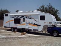 """2004 FleetWood """"GearBox"""" 335FS ToyHauler 5th Wheel"""