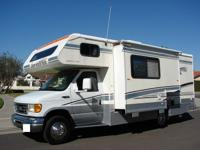 THE JAMBOREE 23E! SLEEPS 6 AND HAS LOTS OF SPACE! This