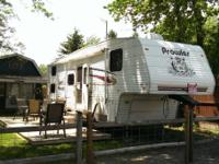 2004 Fleetwood Prowler 5th Wheel. Length 29.5 FT- 1