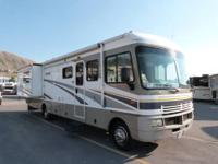 2004 Fleetwood RV Bounder 35E Double Slide Class A