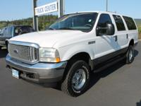 Exterior Color: oxford white, Body: SUV, Engine: 5.4L