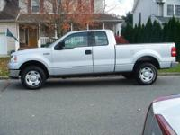 2004 Ford Extended Cab 4 door 4x4 pick up. V8 automatic