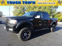 Exterior Color: black clearcoat, Body: Supercrew 4X4,