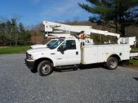 Super Nice 2004 Ford F-550 bucket truck with Hi-Ranger