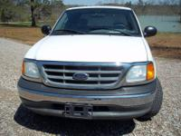 Nice truck, 2004 F 150 XL extended cab, v8, automatic,