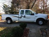 2004 Gord F250 XL Super Duty V10, 2WD. This truck is a