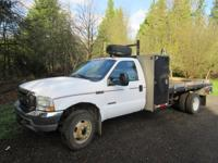 2004 Ford XL F450 4X4 Diesel with 14' steel Flatbed,