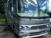 Beautiful 2004 Forest River Windsong Class A