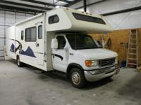 2004 Four Winds Fun Mover Toy Hauler Class C