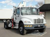 2004 Freightliner Business Class M2 106 2004