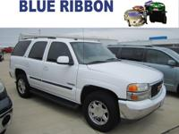 Exterior Color: summit white, Body: SLT 4dr SUV,