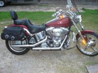 Harley Davidson 2004 Deuce a must view this bike looks