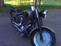 Description 04 harley Fatboy EFI with only 3500MI, RARE