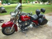 2004 HARLEY-DAVIDSON ROAD KING.Great cost. Fantastic