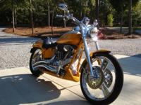 I am selling a 2004 Fxstdse Screaming Eagle Softail