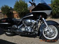 2004 HARLEY-DAVIDSON ROAD GLIDE BIKE IS IN GREAT SHAPE