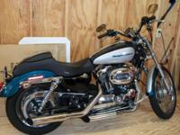 2004 Harley Sportster 1200 Custom, one owner, Screaming