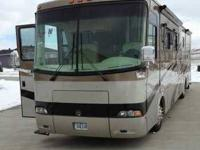 2004 Holiday Rambler Endeavor This Class A recreational