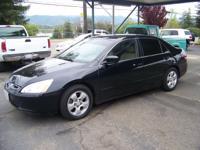 Options Included: N/A2004 Honda Accord EX Sedan, V-6,