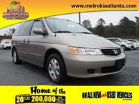 This 2004 Honda Odyssey EX includes a rear air
