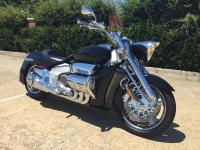 2004 Honda Valkyrie Rune .WOW! WHAT A COLLECTORS ITEM,