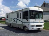 2004 Itasca Sunova 30B (PA) - $34,900 Length: 30ft