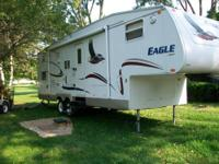 2004 Jayco Eagle 5th Wheel Camper