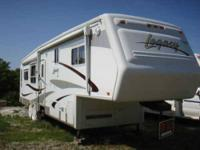 2004 Jayco Legacy 5th Wheel This excellent 40 foot RV