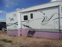 For Sale in Roosevelt, UT.  2004 Jazz Fifth Wheel