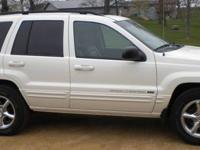 2004 Jeep Grand Cherokee HO V8 stone white exterior