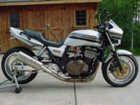 Up for sale is a customized 2004 Kawasaki ZRX1200. With